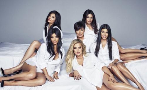 kardashian-jenner-family.jpg
